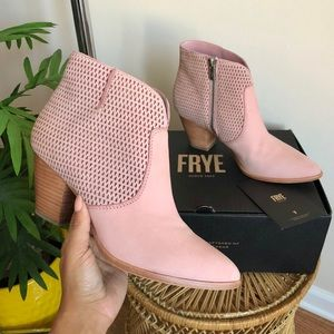 FRYE Jennifer Perf Blush Pink Leather Bootie 7.5